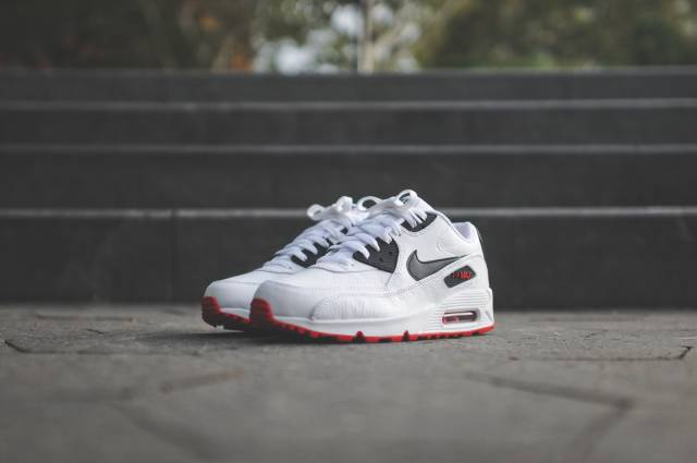 nike air max 90 leather white black red