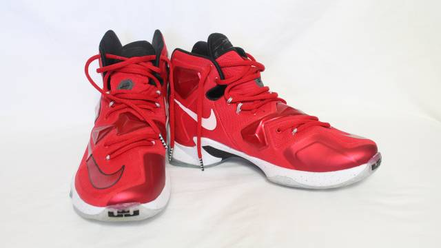 Nike Lebron XIII (13) University Red  6d5e8c419