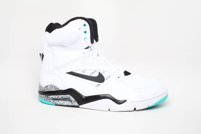 nike air command force of emerald