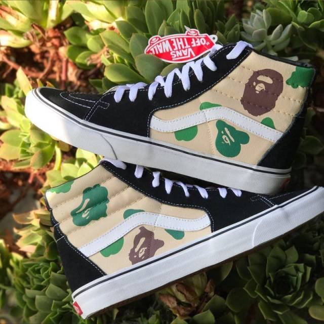 dfbe6582cbcc97 Vans Sk8 Hi x Bape Camo Customs