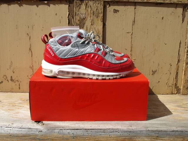 buy popular 956d0 36f64 Nike Air Max 98 Supreme