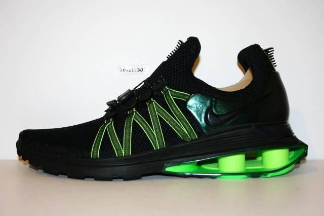 Nike Men's Shox Gravity Sneaker LHH92ybhT