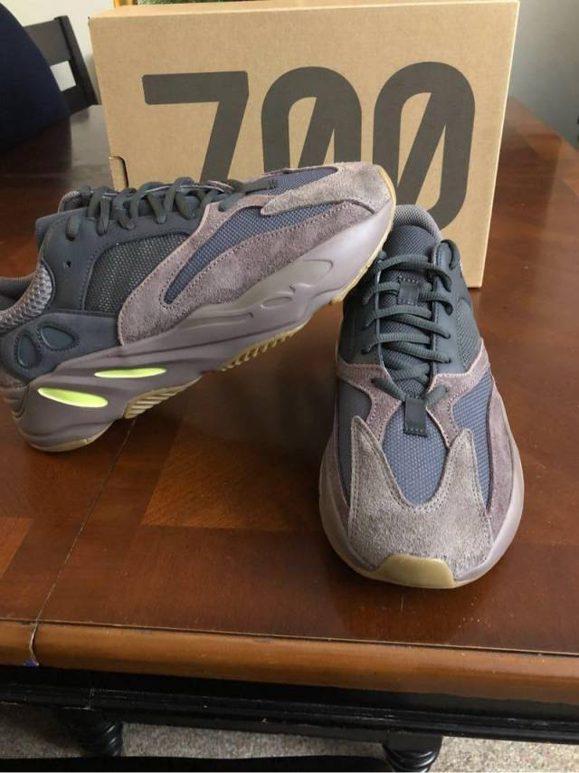 "ff9ace151 Adidas Yeezy Boost 700 ""Wave Runner"" BRAND NEW Size 10"