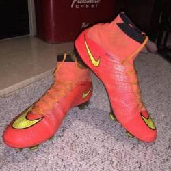 Nike mercurial superfly 4