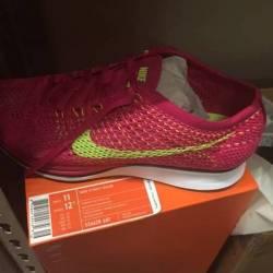 Nike flynit racers