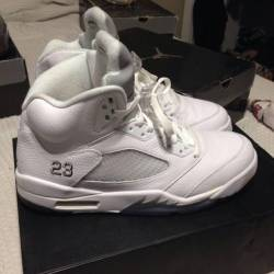 Air jordan retro white metalli...