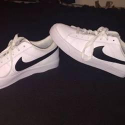 Nike men s lifestyle shoe
