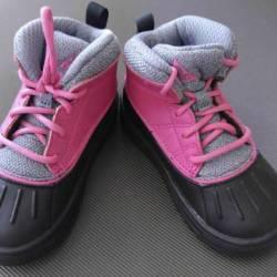 Nike acg boot black & pink tod...