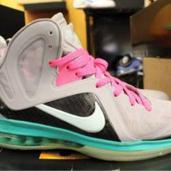Nike lebron 9 size 9 pre owned
