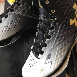 Ua curry 1 mvp signed