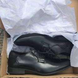 Dress shoe unlisted by kenneth...