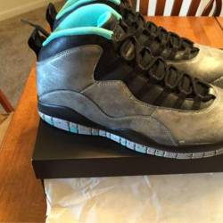 Air jordan retro x  lady liberty