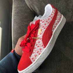 Hello kitty puma suede classic...