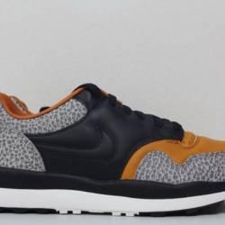 Nike air safari qs black black...