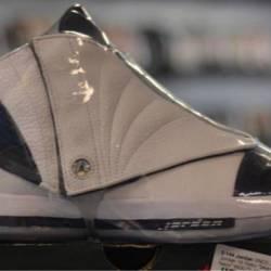 Jordan 16 pre owned navy