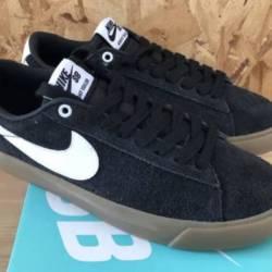 Nike sb blazer low gt black wh...