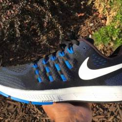 Nike air zoom vomero 11 - size...