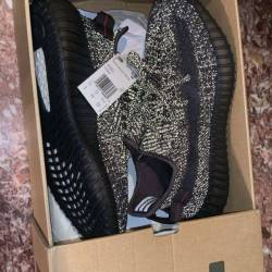 Yeezy boost 350 v2 static blac...