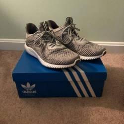 Adidas alphbounce grey three