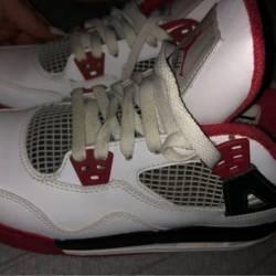 Jordan 4s fire red 2012