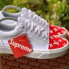 "Vans x ""Supreme LV"" Customs Toe Box"
